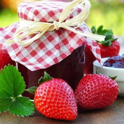 French Mara des Bois strawberry jam