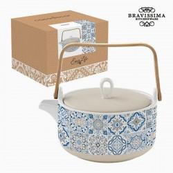 Kleine Teekanne aus Porzellan, blau
