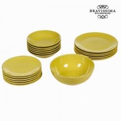 Gele dinerborden (19 stuks)