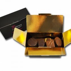 Pequeña caja de chocolates,...