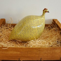 Grau-Gelbes Keramik-Perlhuhn